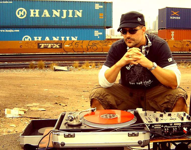 Dj Lee Dyson - Street DJ - DJLeeDyson.Com