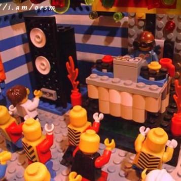 Dj Lee Dyson – Lego Rave – DjLeeDyson.Com