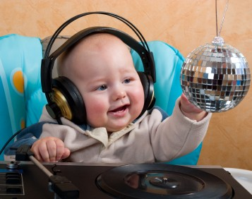 Dj Lee Dyson – Baby With Disco Ball – DjLeeDyson.Com